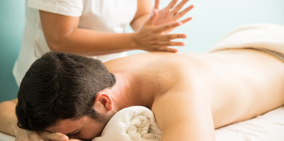 Tapotement (tapping) for Swedish massage
