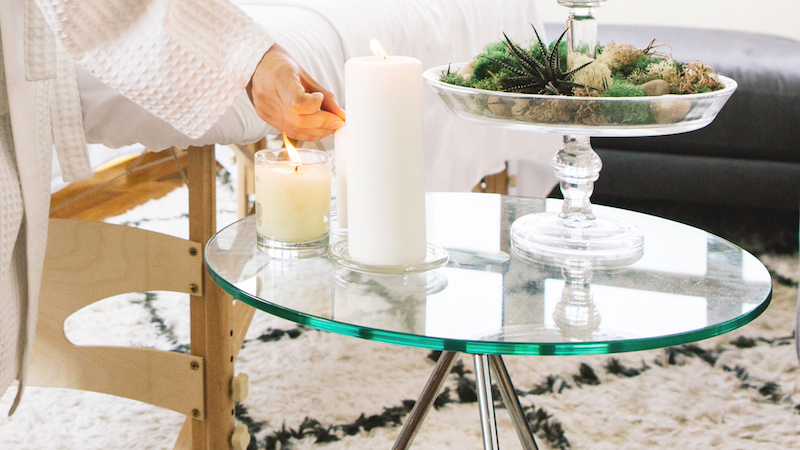 Candles and essential oils for your in-home massage room