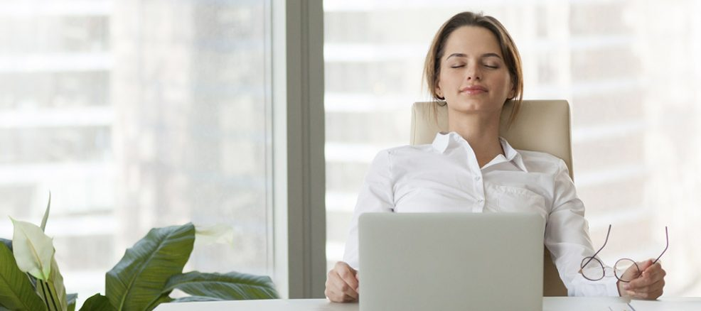 Practicing Mindfulness at Work to Avoid Burnout